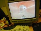 Sein Rechner, hmm da spielt einer Quake, tja YALOT ist eam wohl wurscht