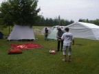 ihrer Zelte.