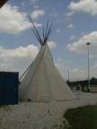 Beim Indianerzelt!