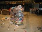 Müll Müll Müll, wohin man nur sieht, wenn wenigstens ein paar User ihr Zeugs selbst wegbringen würden...